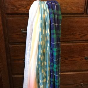 Set of 4 Scarves. In great condition!